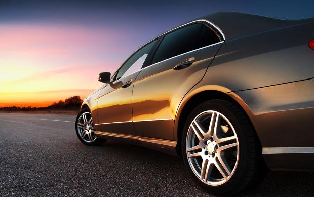 汽车太阳膜起泡是怎么回事?欧帕斯来帮你解答